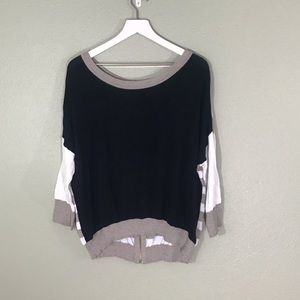 One A Color Block Sweater Size Large
